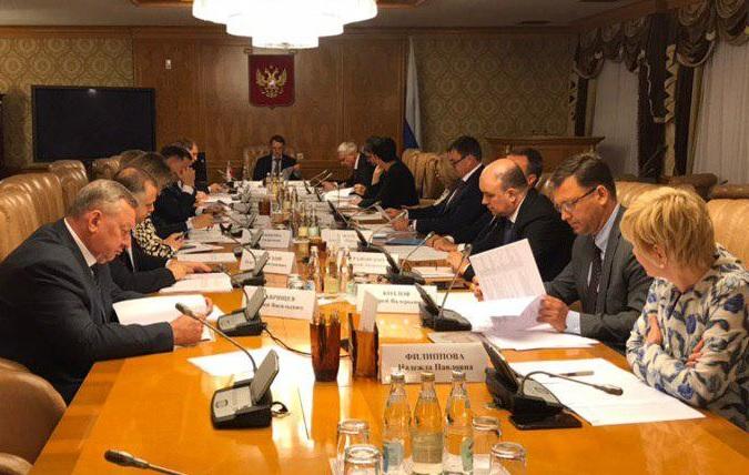 Модернизацию рыбного порта в Магадане и подъем затонувших судов в бухте Нагаева обсудили на совещании в Правительстве РФ