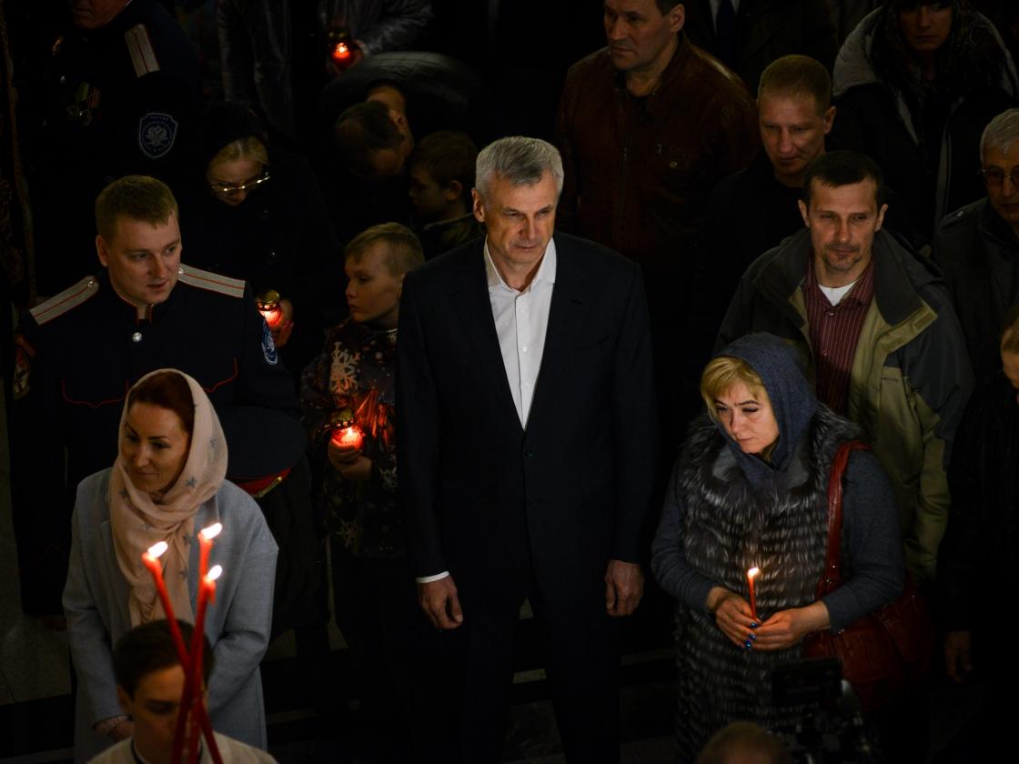Поздравление губернатора Магаданской области с Православной Пасхой