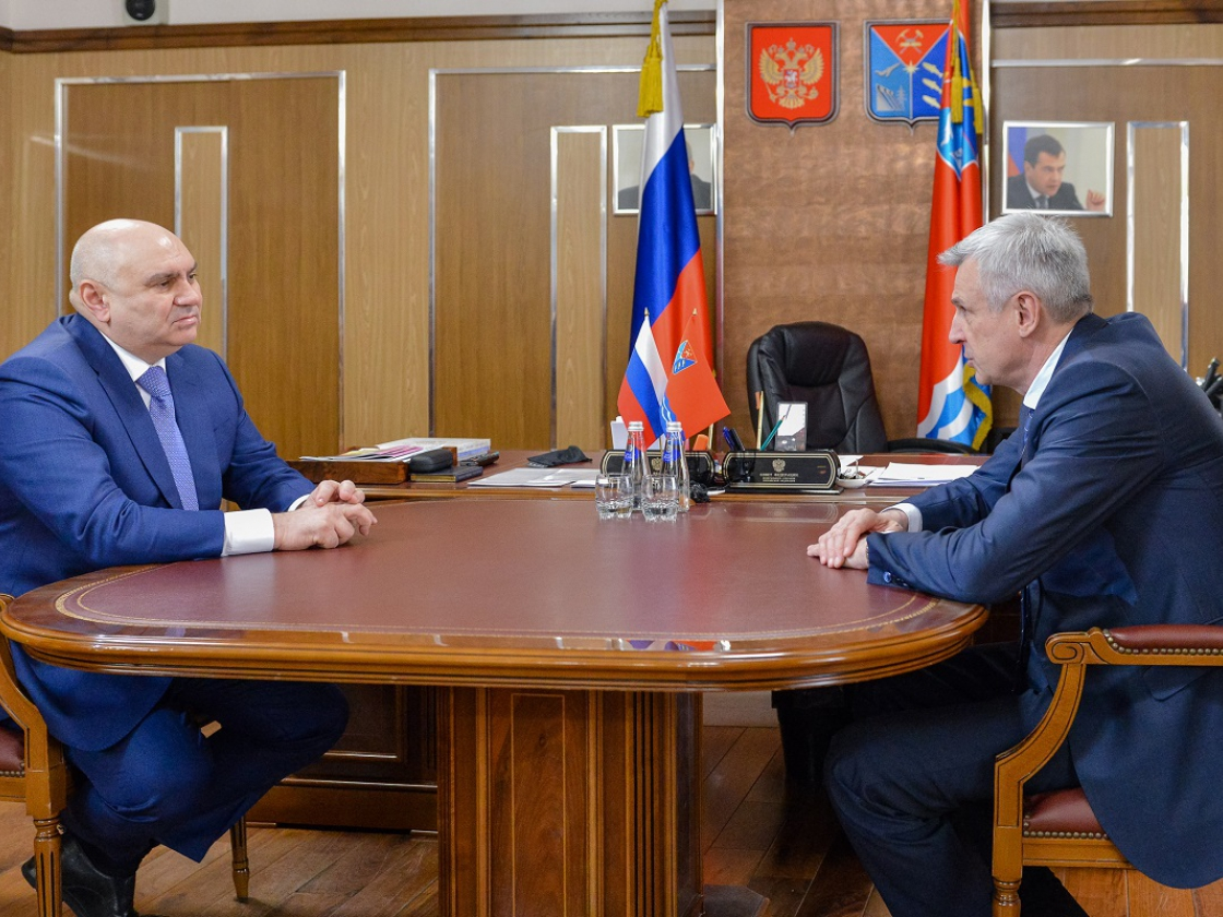 Губернатор Магаданской области встретился спервым заместителем министра сельского хозяйства РФ