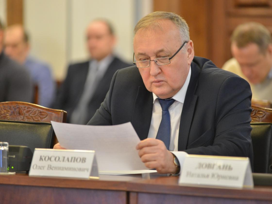 Вопросы перехода нановую систему обращения сТКО вМагаданской области обсудили на«Строительной сессии 2019»