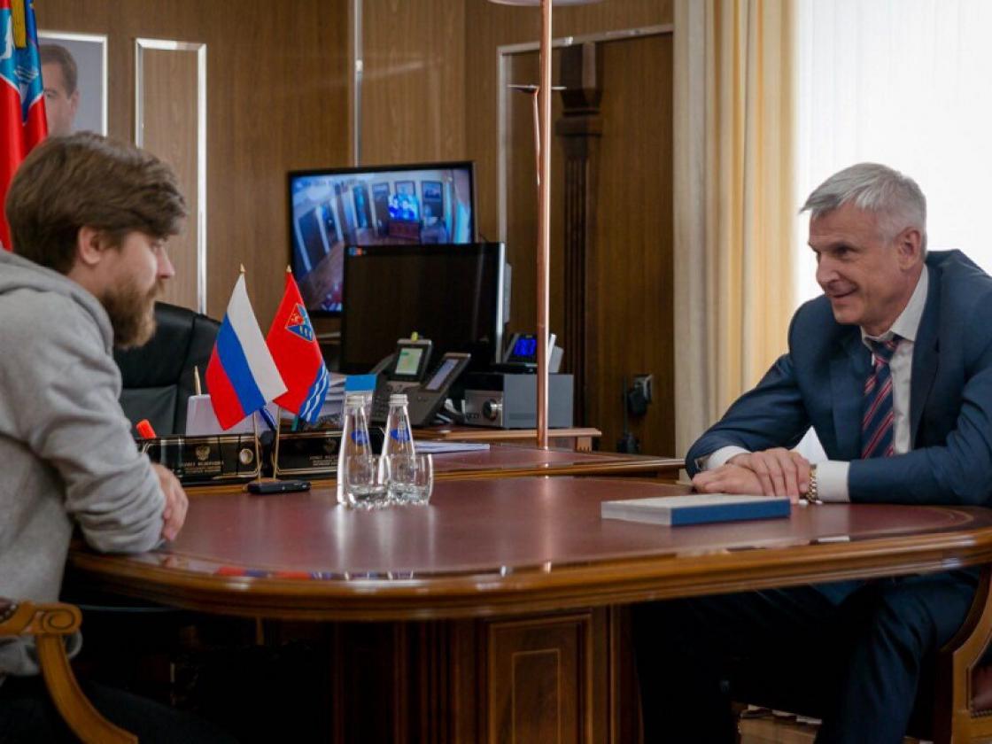 Губернатор Магаданской области встретился с директором музея истории ГУЛАГ