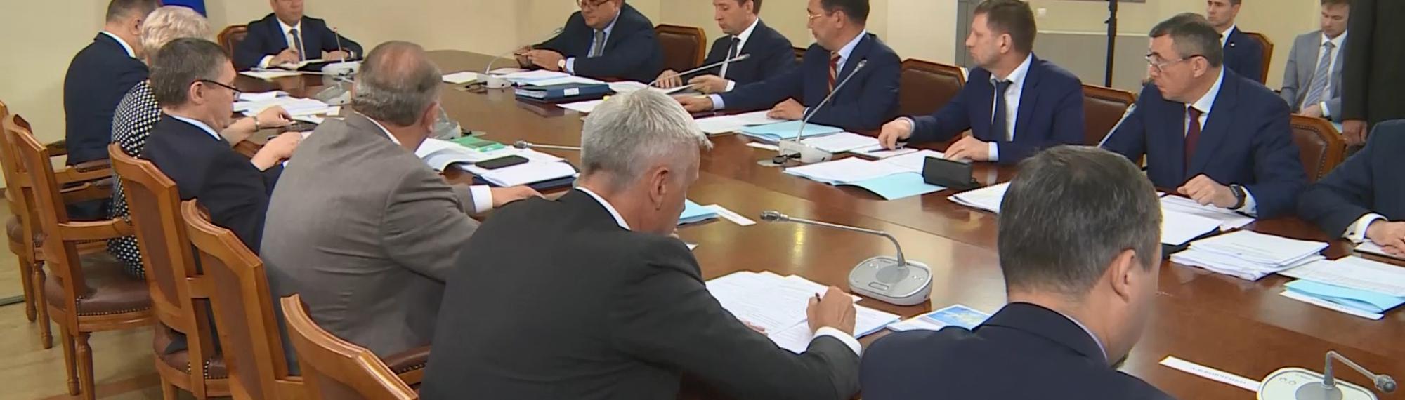 Губернатор Магаданской области Сергей Носов принял участие в совещании по развитию центров экономического роста на Дальнем Востоке